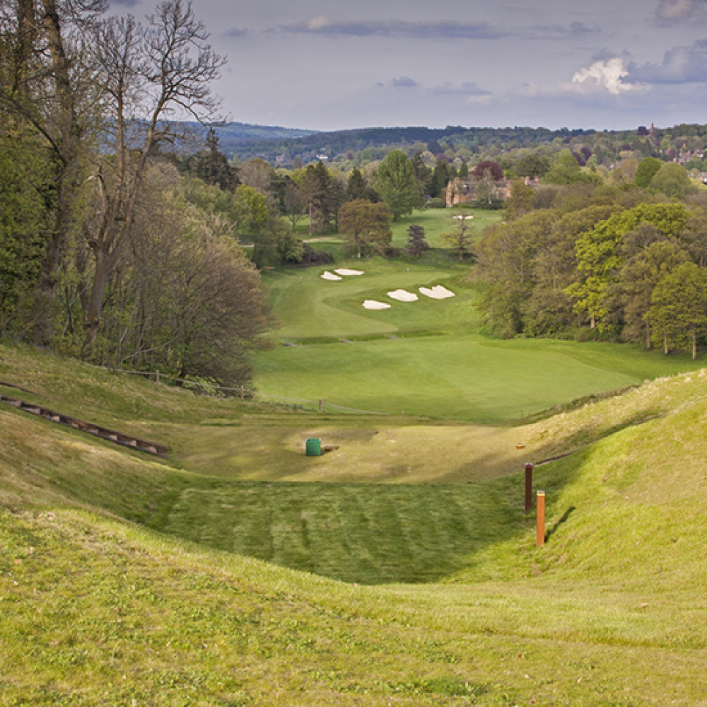 Tandridge committee approves improvement budget for Surrey golf course