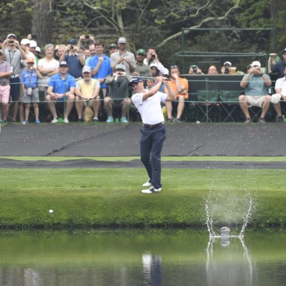 Pros prep for Masters by skipping balls on the 16th