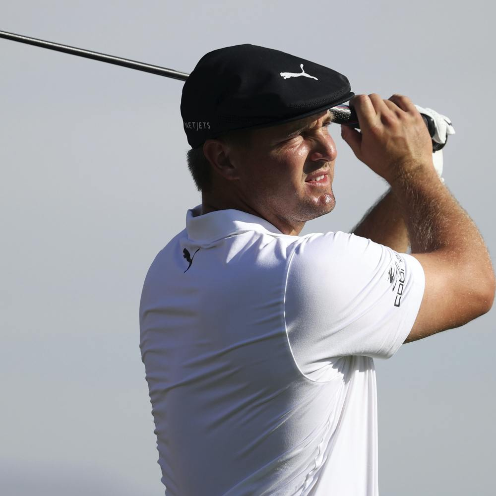 Bryson DeChambeau powers his way to opening round lead in Las Vegas